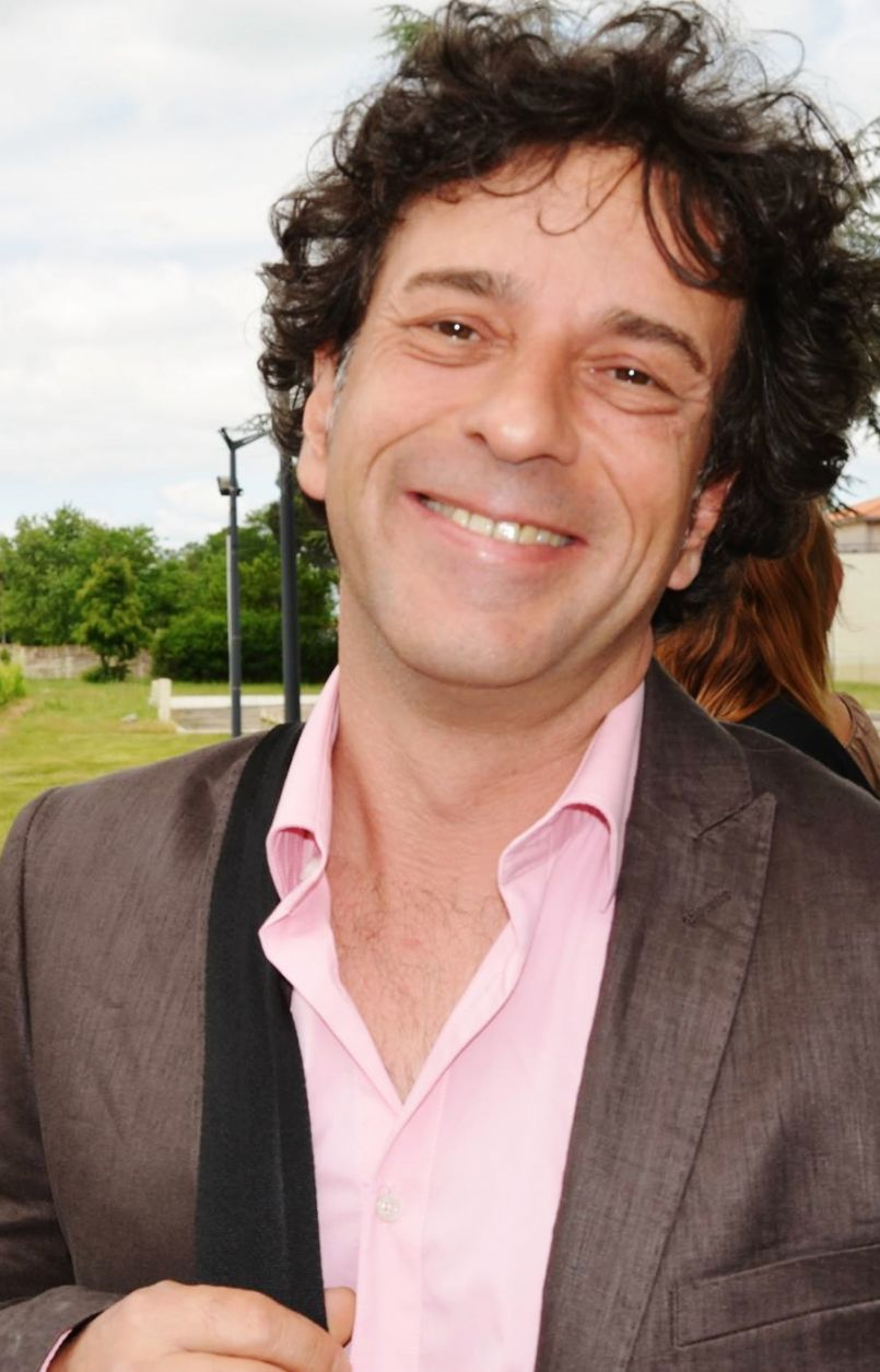 Toute l'actualité de la Région des Grands Lacs, de la Côte et du Grand Dax Direct avec l'artiste et humoriste Olivier Lejeune