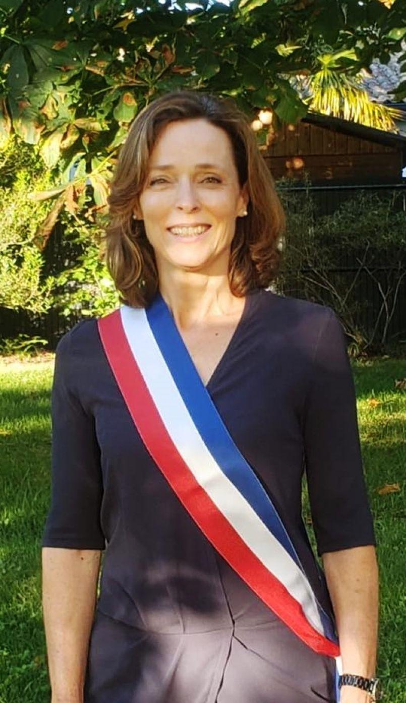 Hélène Larrezet, Marie-Françoise Nadau et Frédéric Pomarez élus respectivement maires de Biscarrosse, de Parentis en Born et de Mimizan.