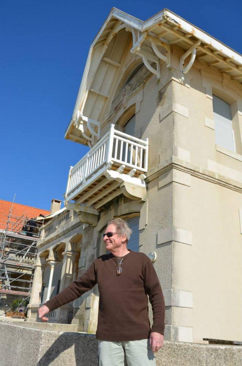 Sentinelles de Biscarrosse Plage, le Chalet des Embruns et La Rafale sont toujours debouts. Reportage.