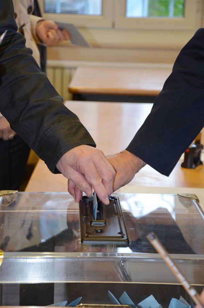 Edition spéciale 1er tour des élections Régionales et Départementales 2021.