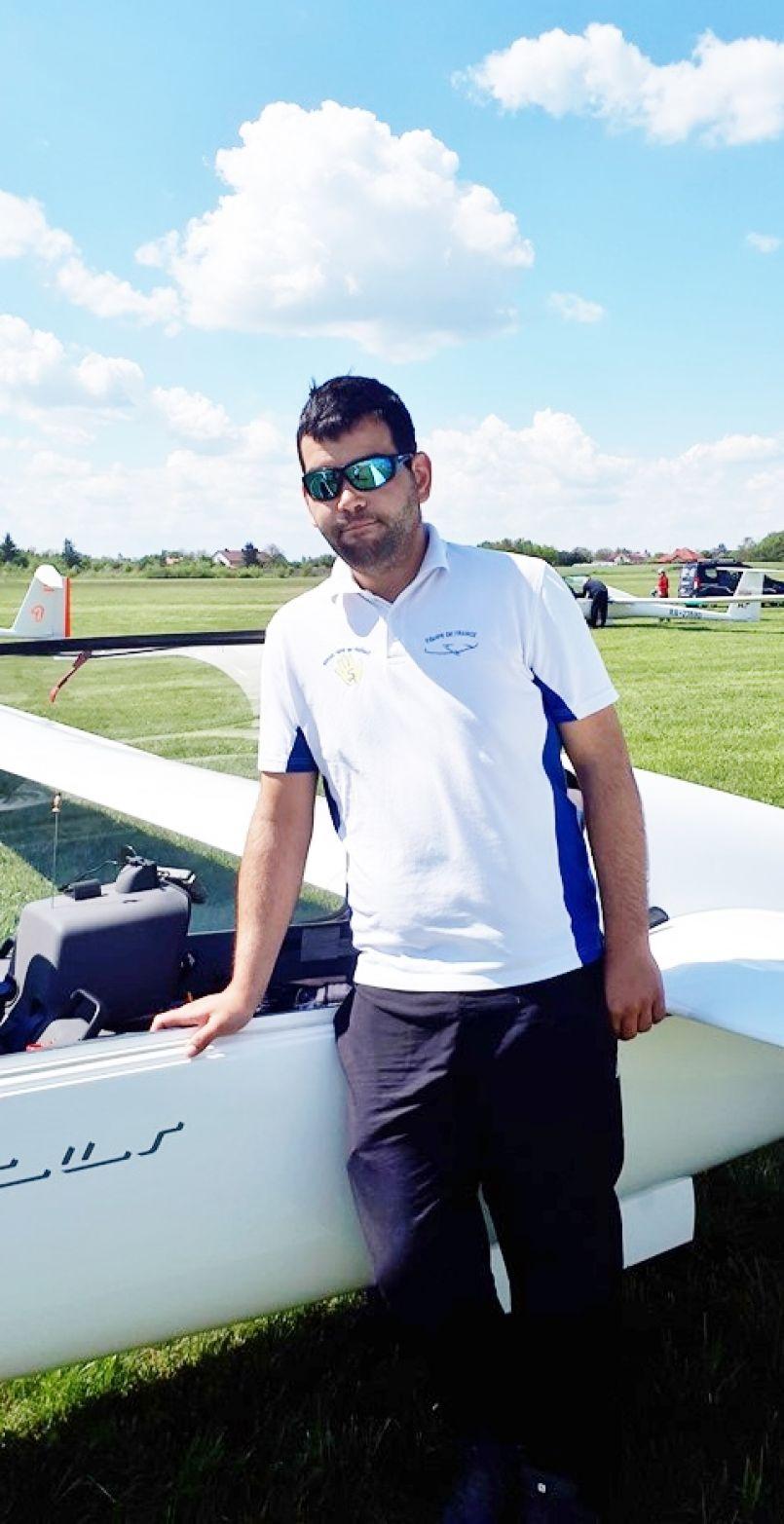 Méric Morel, le Biscarrossais, champion d'Europe avec l'Equipe de France de planeurs