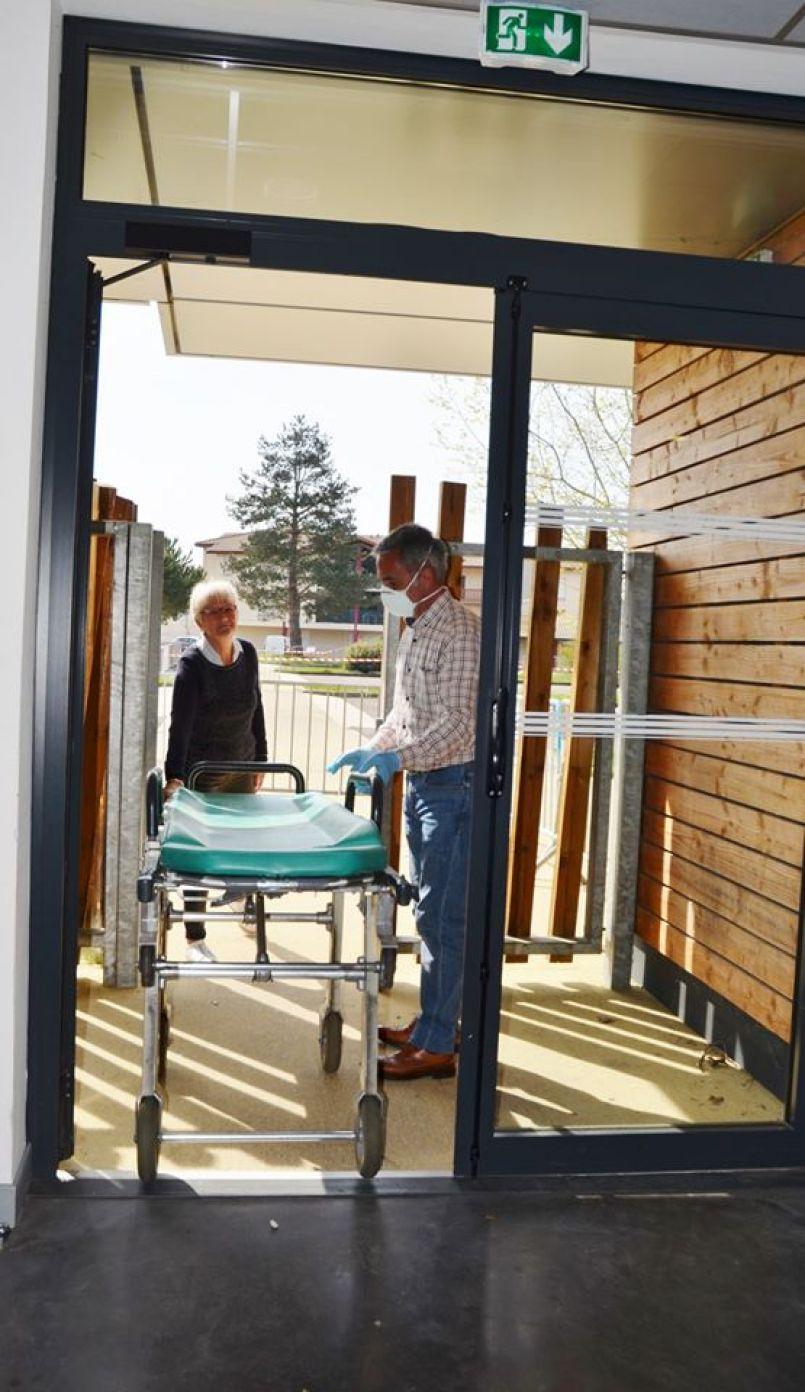 Bilan du Covid-19 en Nouvelle-Aquitaine : 138 décès et 783 personnes hospitalisées dont 244 en réanimation. Restez chez vous svp !
