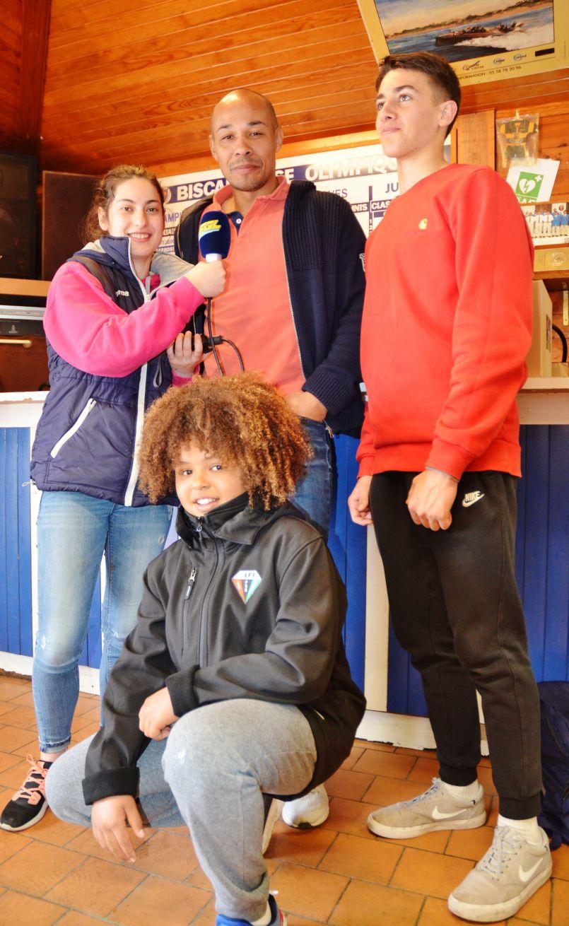 A Biscarrosse l'ex-international Pépito Elhorga a enchanté une trentaine de jeunes âgés de 12 à 18 ans...
