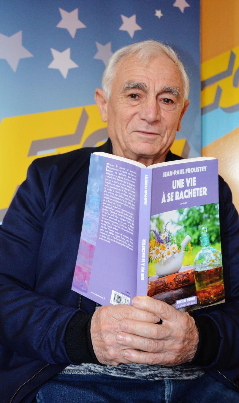 'Une vie à se racheter', c'est le dernier ouvrage du Biassut Jean-Paul Froustey. L'idée cadeau de ce Noël atypique, au cœur des Landes.