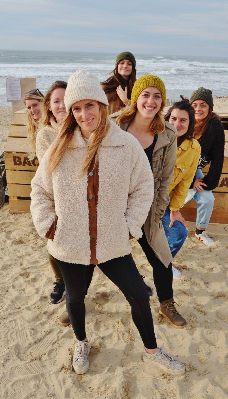 Biscarrosse Plage (40) : elles agissent pour dépolluer leur 'jardin', leurs plages. HDO a fait installer des Bacs à marée qu'elles gèrent avec les services de la ville.