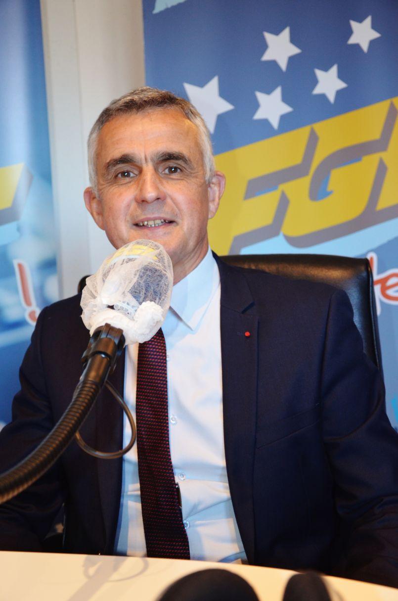 Le Général Soubelet, vice-président d'Objectif France, était l'invité de la rédaction d'FGL. <br /> Il y aura des représentants de son parti (dans les Landes) lors des prochaines échéances électorales.