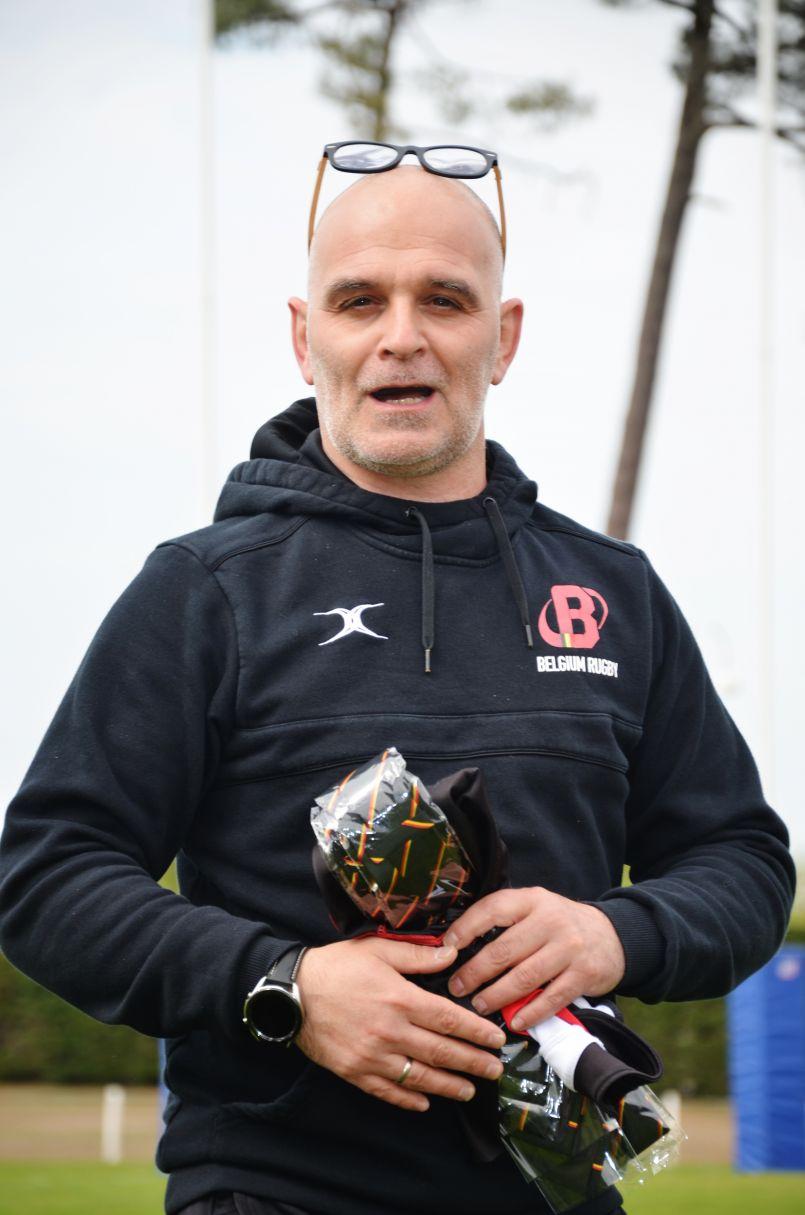 Rugby à XV : la Belqique a préparé à Biscarrosse son match capital du 29 mai face aux Pays Bas. Interviews du DTN Frédéric Cocqu et de l'élu Frédéric Darmagnac.