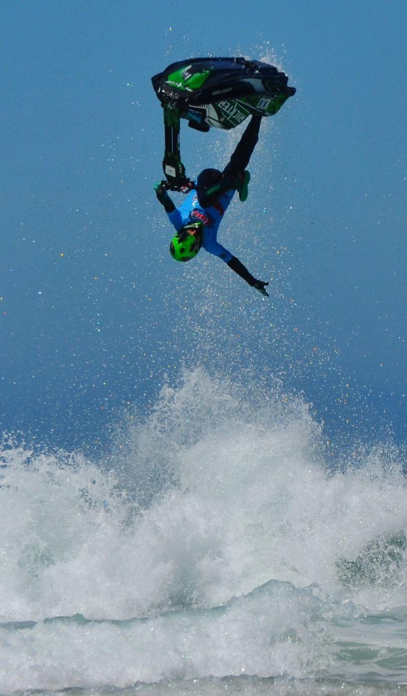 'Jet Jump Extrême' :  deuxième manche du championnat du monde à Biscarrosse-Plage