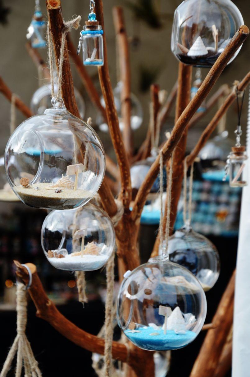 Bonne presse pour le 'Marché' de Noël de Biscarrosse, des commerçants satisfaits malgré le mauvais temps.