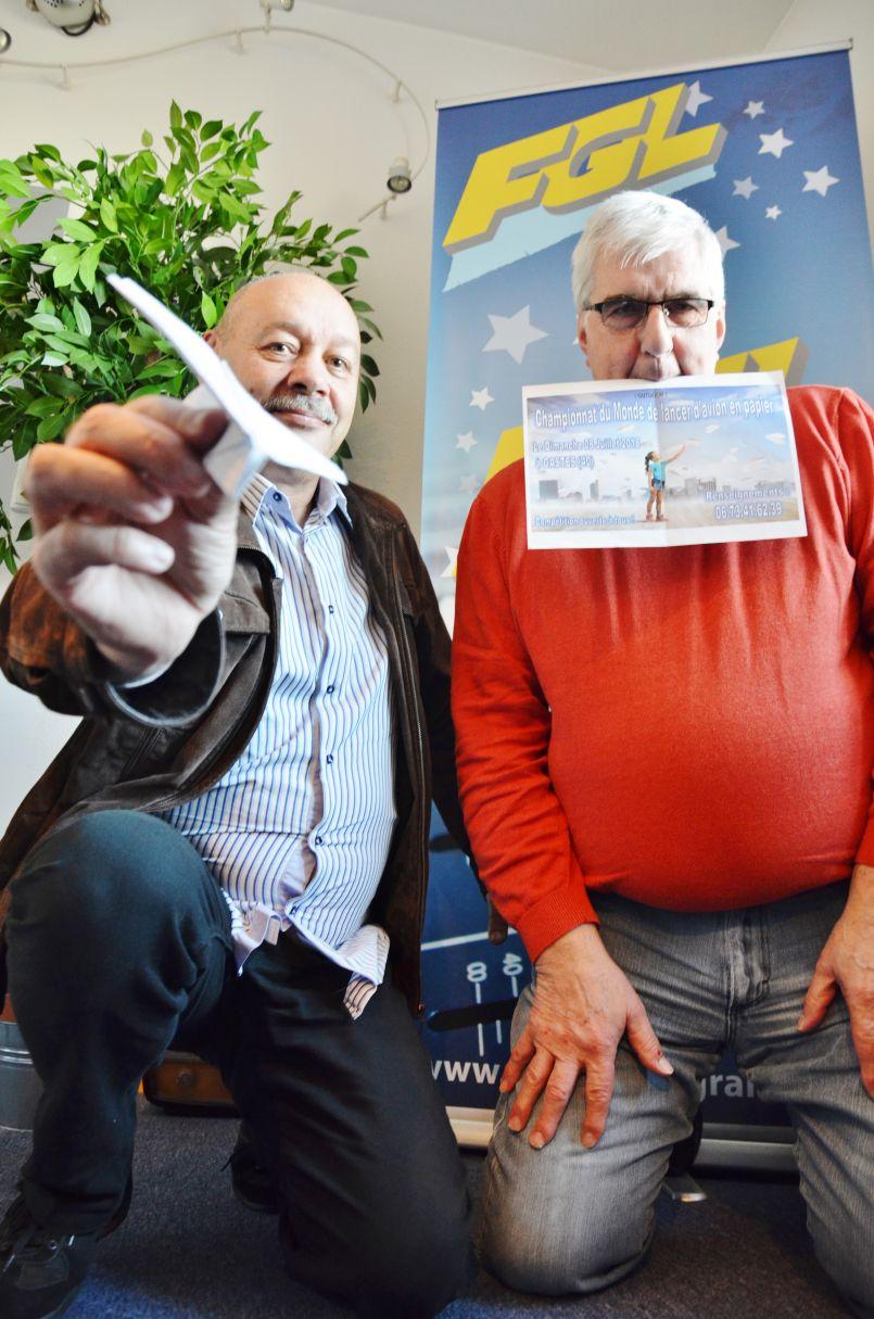 FGL partenaire du 1er Championnat du Monde de lancer d'avion en papier, à Gastes ce 8 juillet