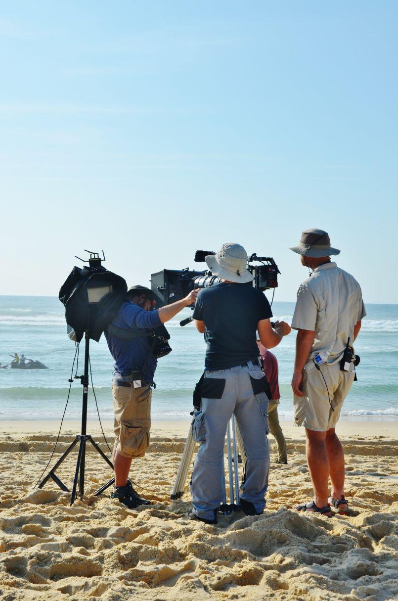 'La Dernière vague' : tournage en ce moment du téléfilm, plage de Lespecier à Mimizan