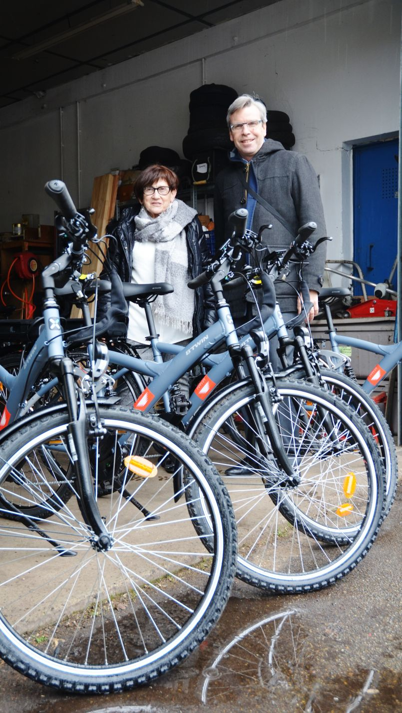 De l'énergie pour se rendre à son travail. Six vélos réceptionnés par une association d'insertion