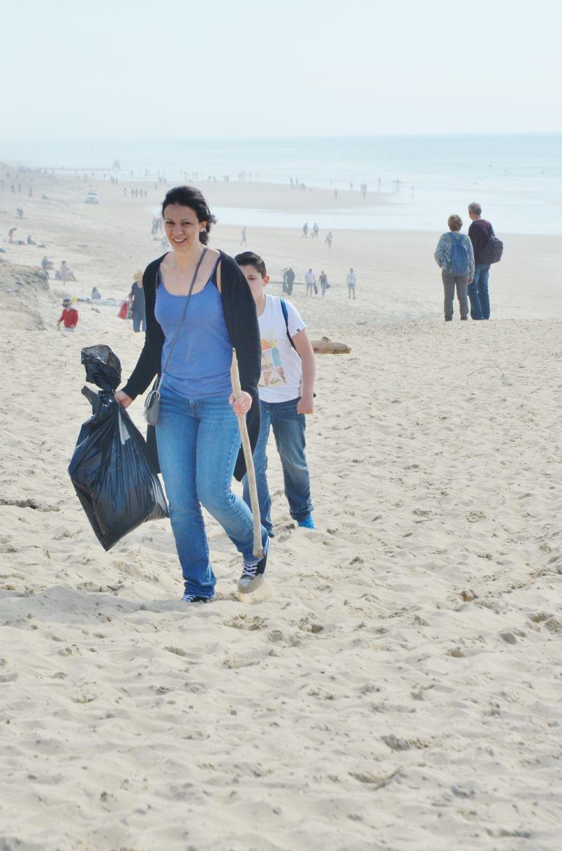 Forte mobilisation éco-citoyenne à Biscarrosse plage pour les 'Initiatives Océanes'