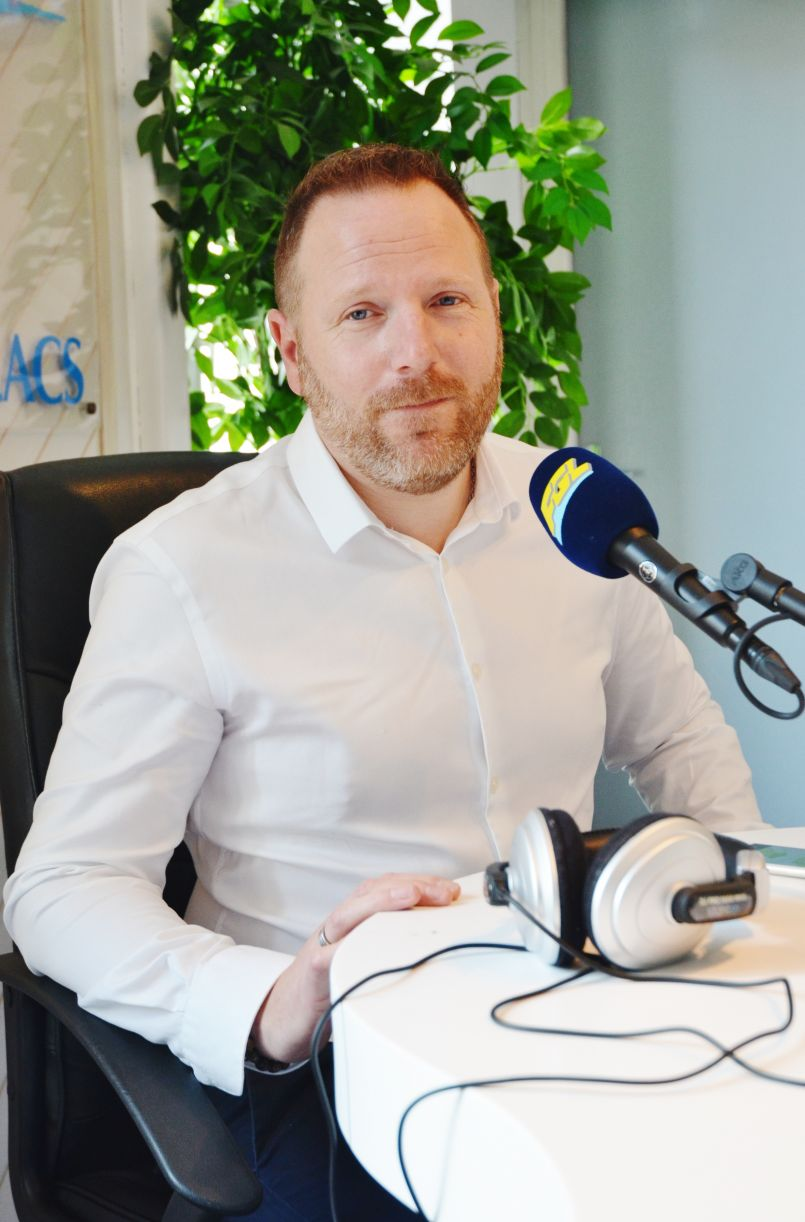 Le Député Landais Fabien Lainé informe ce vendredi, à Sanguinet, sur les véhicules propres...