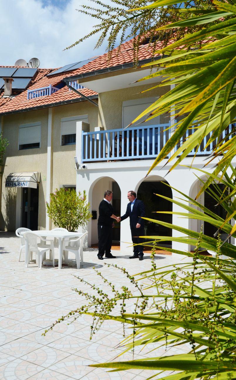 Biscarrosse-Plage : l'Hôtel-restaurant Les Vagues a investi, car demain est déjà là...