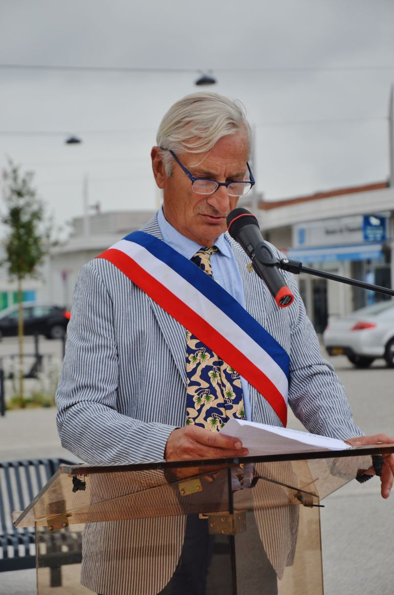 'Plage sans tabac' à Mimizan, 3ème Prix Régional pour la mini entreprise de collégiens Biscarrossais et 'Boite à Lire' inaugurée...