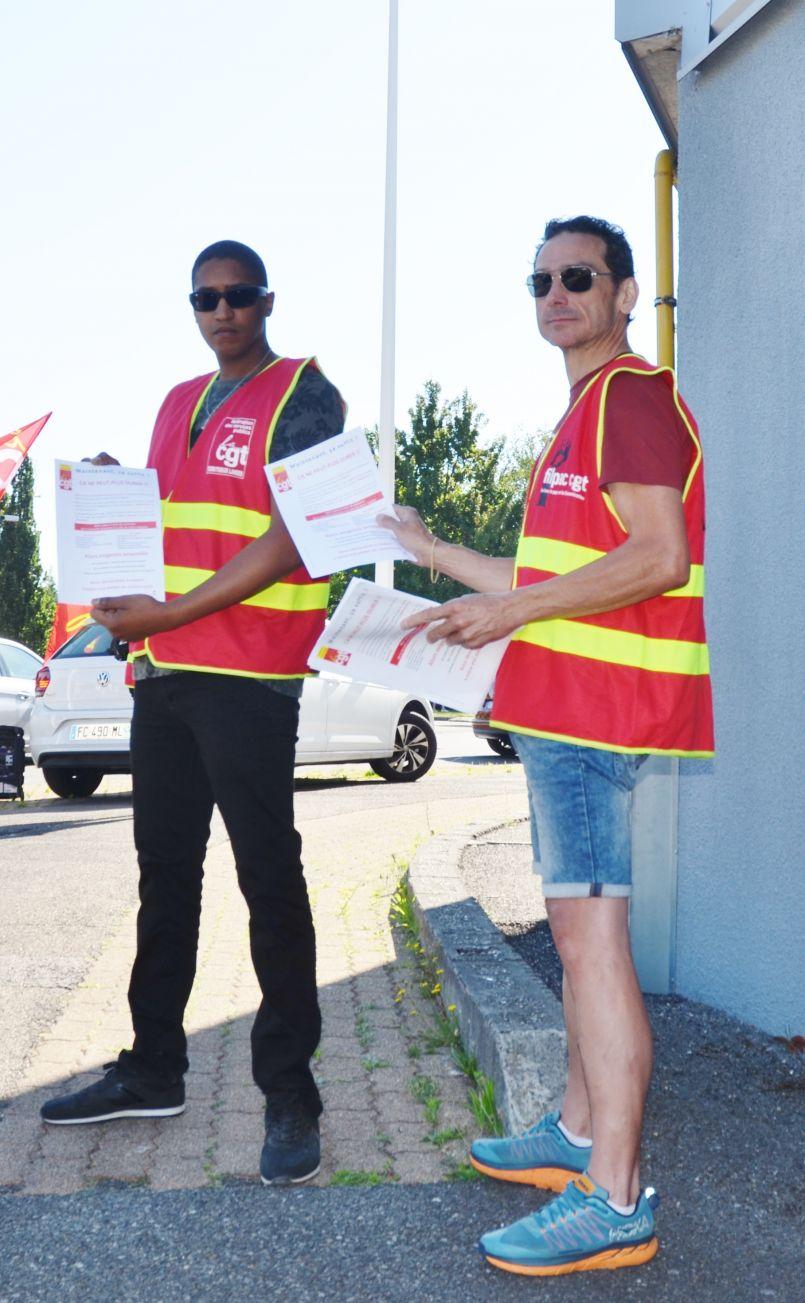 Super U Biscarrosse : malaise ambiant avec manifestation de quelques salariés ce lundi matin près du magasin
