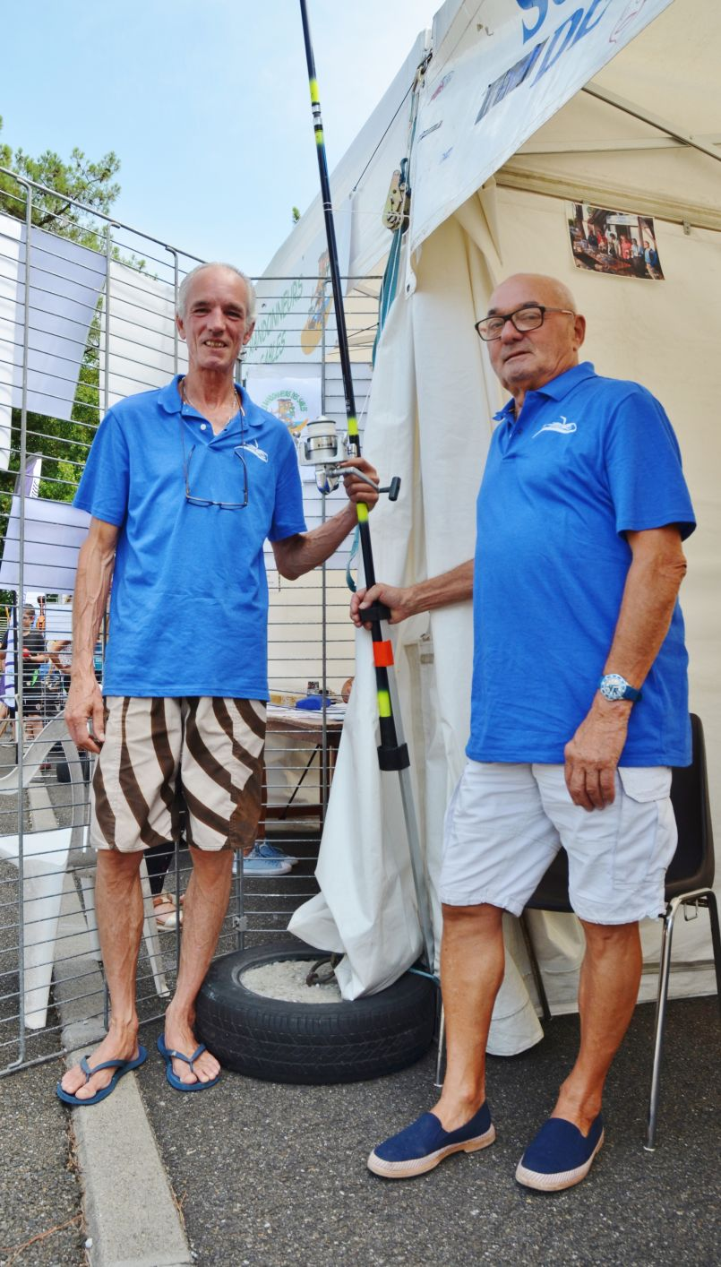 Bonne pêche estivale et future 'Nuit de la Loubine' pour le Surf Casting Club de Biscarrosse