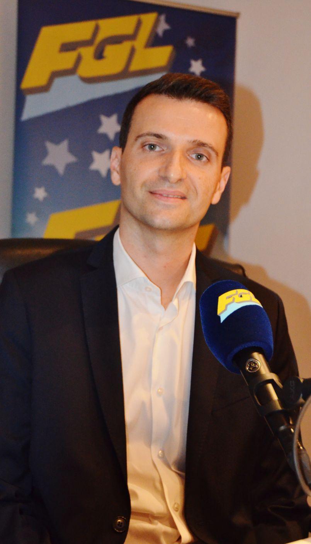 'Municipales Parentissoises' : Julien Bard a officialisé sa candidature dans les studios d'FGL.
