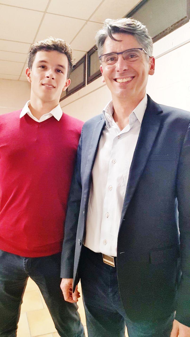 Municipales à Biscarrosse : Manuel Diaz a présenté sa liste, dans la continuité du maire sortant Alain Dudon, présent.