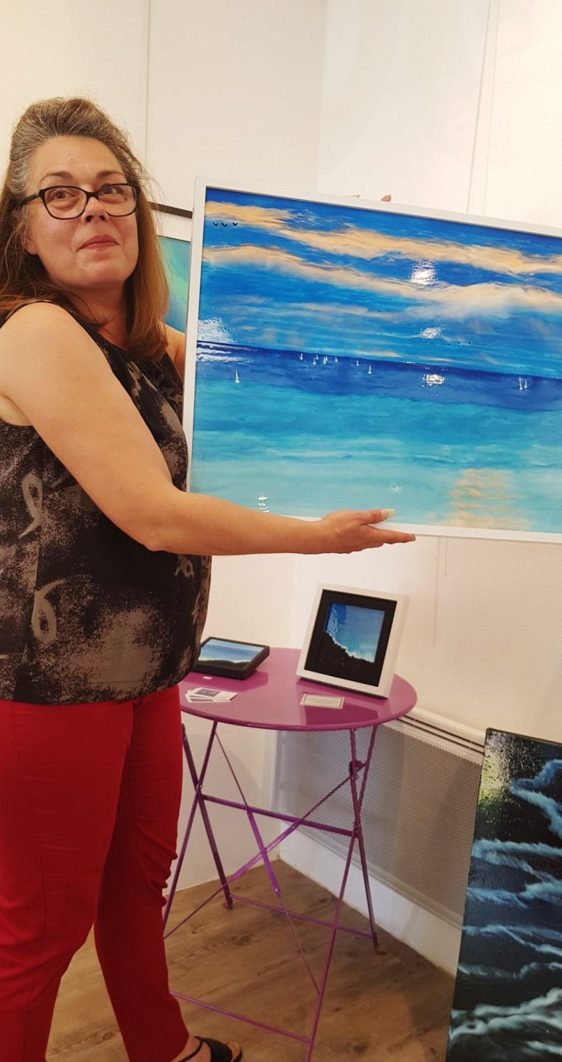 C'est enfin l'été déconfiné de la Galerie de l'Orme...autour du bleu avec Céline Vasseur
