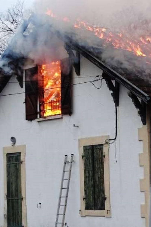Forte émotion à Labouheyre après l'incendie d'une maison où une enfant est décédée